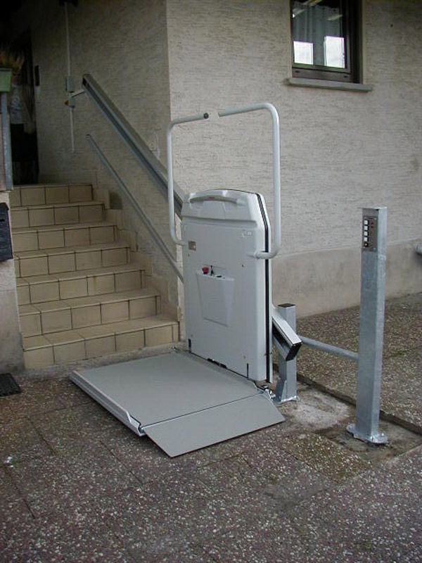 Car Battery Voltage >> Inclined Platform Lifts UK - Innovate Lifting Systems
