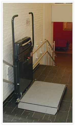 Incline Platform Lift with mid-landing stop